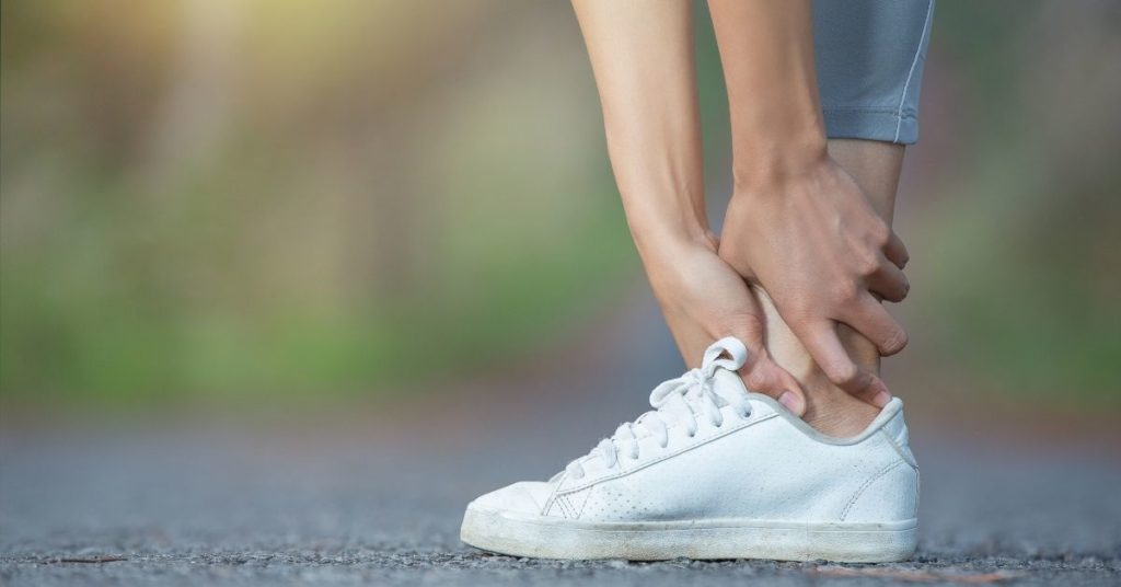 Top 11 Cheap Best Walking Shoes for Flat Feet