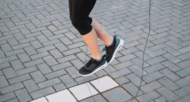 Skipping shoes