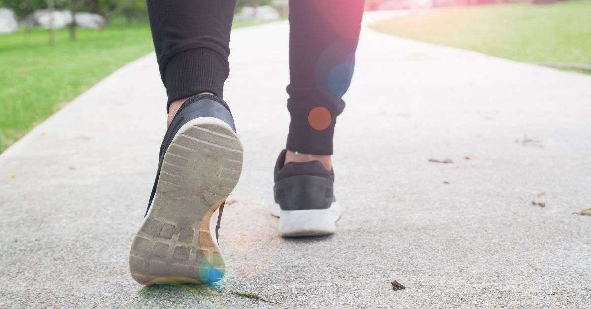 Top 10 Awesome Best Nike Walking Shoes